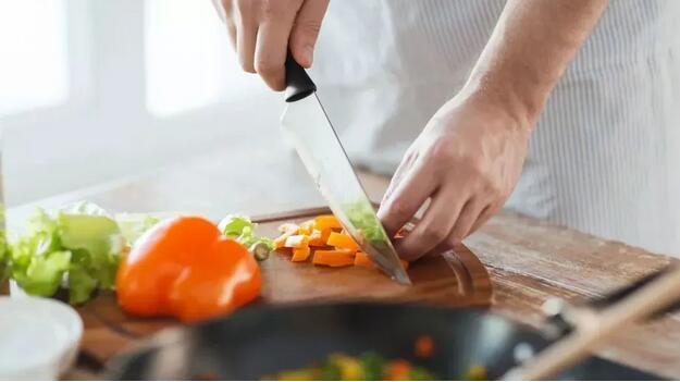 清淡饮食不等于吃素吗?健康清淡饮食有以下两个重点!