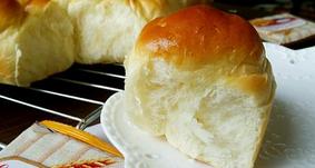 怎么在家做面包?怎么做能拉丝呢