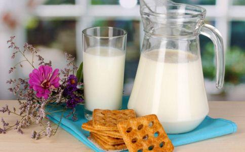 过期的牛奶能喝吗?马上过期的呢?