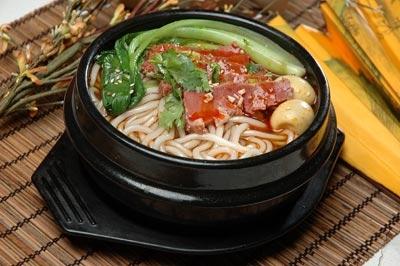 砂锅米线的家常做法,满满都是记忆里的味道!