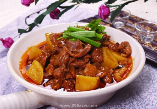 牛肉炖土豆怎样做好吃?有什么家常做法的推荐吗?