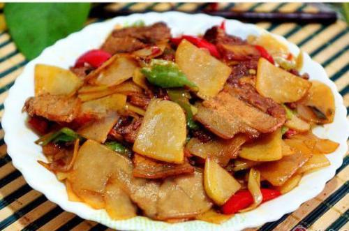 土豆炒瘦肉怎么炒好吃?有什么推荐吗?