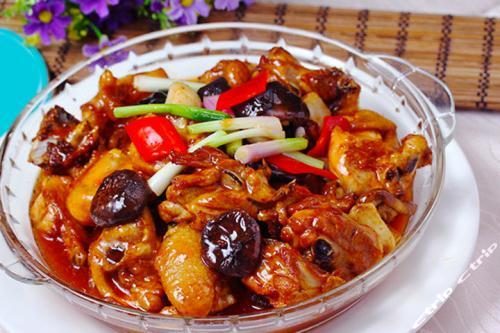香菇焖鸡和黄焖鸡的区别,料理中决定性的部分是这里哦!!