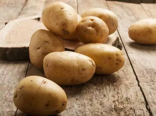 青土豆应该这样处理!喜欢吃土豆的记得要看哦!