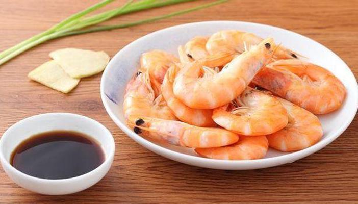 清水煮虾的简单料理方法,这道菜不需要厨艺只需技巧