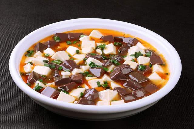 鸭血豆腐的做法,好吃营养又美味哦!