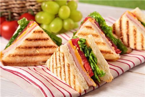 儿童早餐三明治,花式做法,材料自选哦!