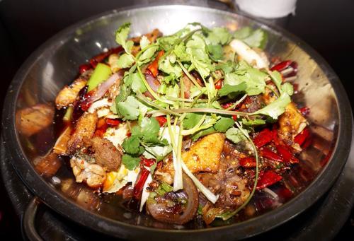 干锅大杂烩的做法,想要做什么样的干锅自己做主!