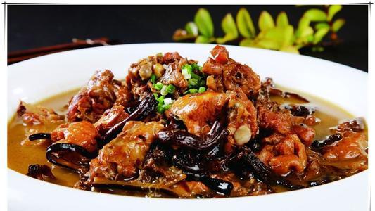 小鸡炖蘑菇在东北菜里的地位